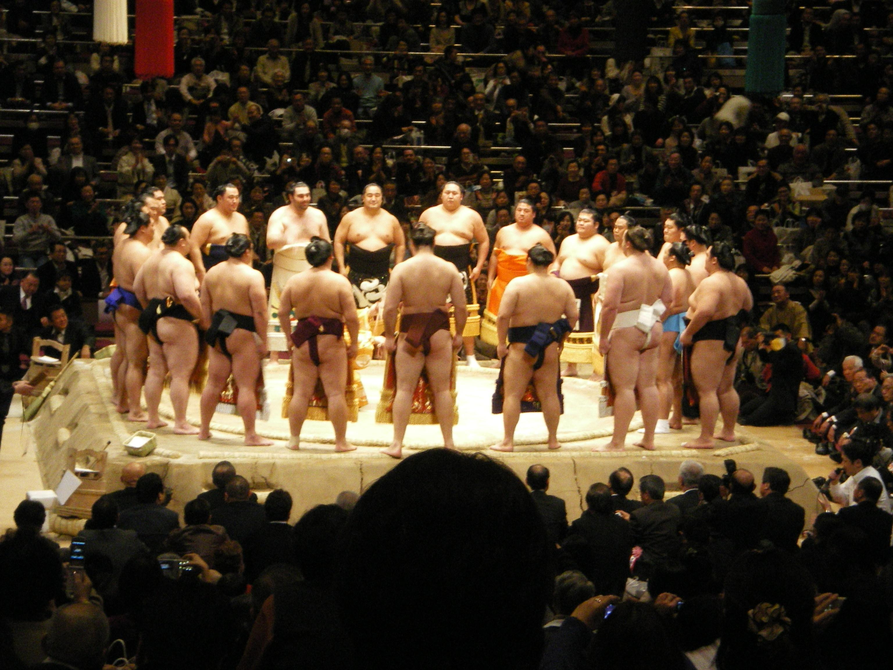Ronde de Sumo : Dohyo iri