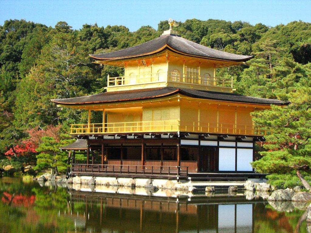 Si toi aussi tu rêves de peindre ta maison en jaune, ne manque pas les réductions de fin d'année chez Leroy Merlin !